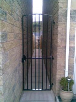 Alleyway security gate