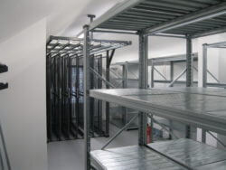 metal pull out picture racking